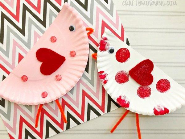 Simple paper plate Valentine bird craft.