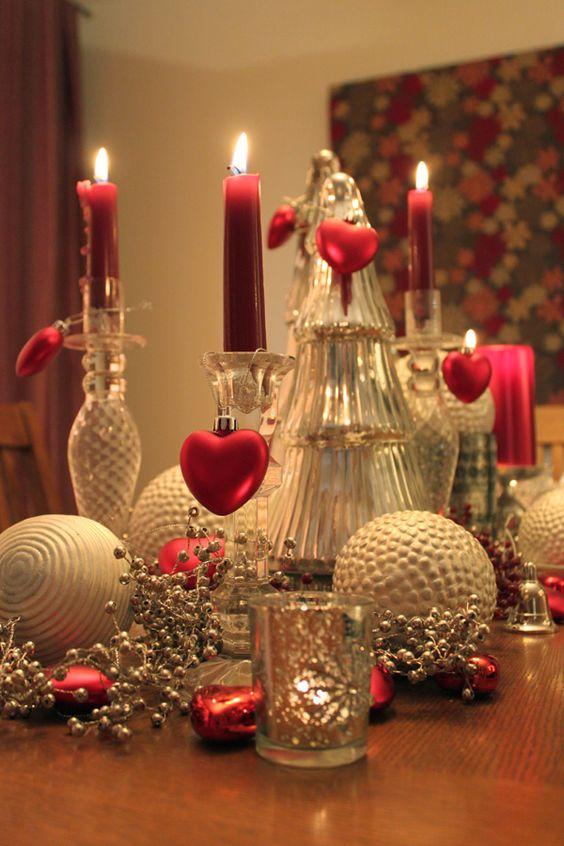 Stunning Valentines day table decoration idea.