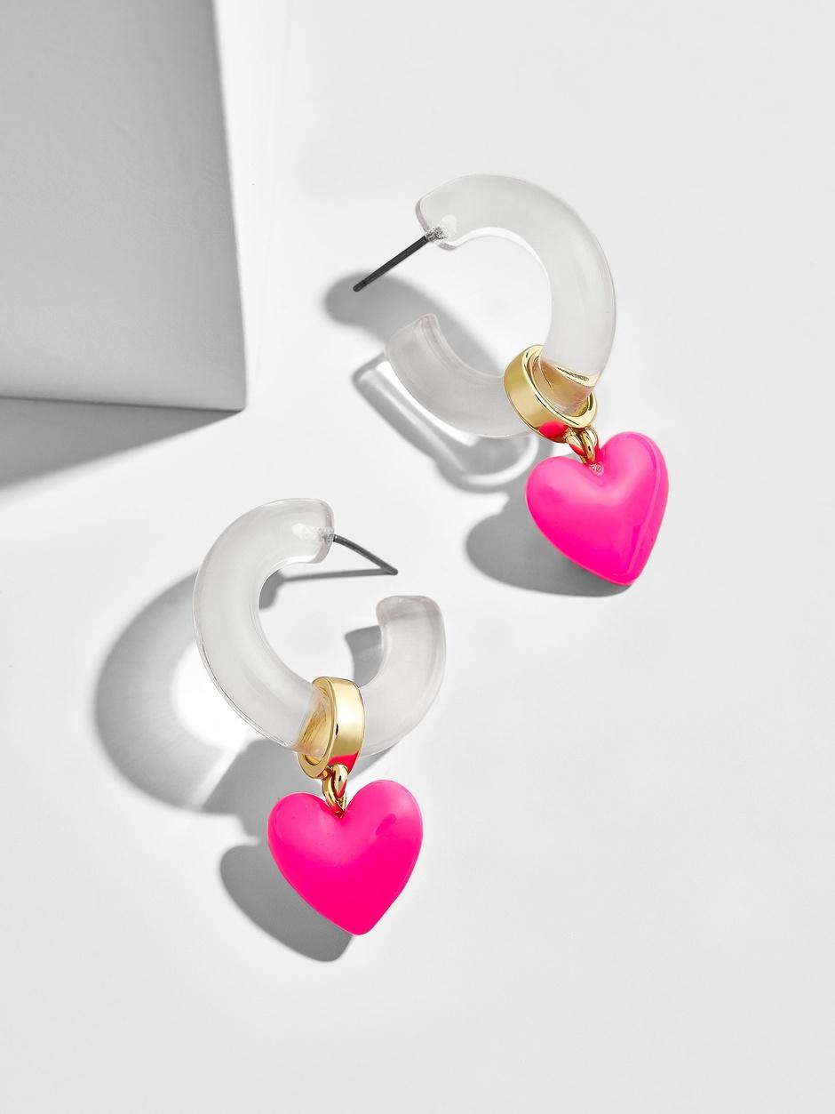 Trendy hoop earrings.
