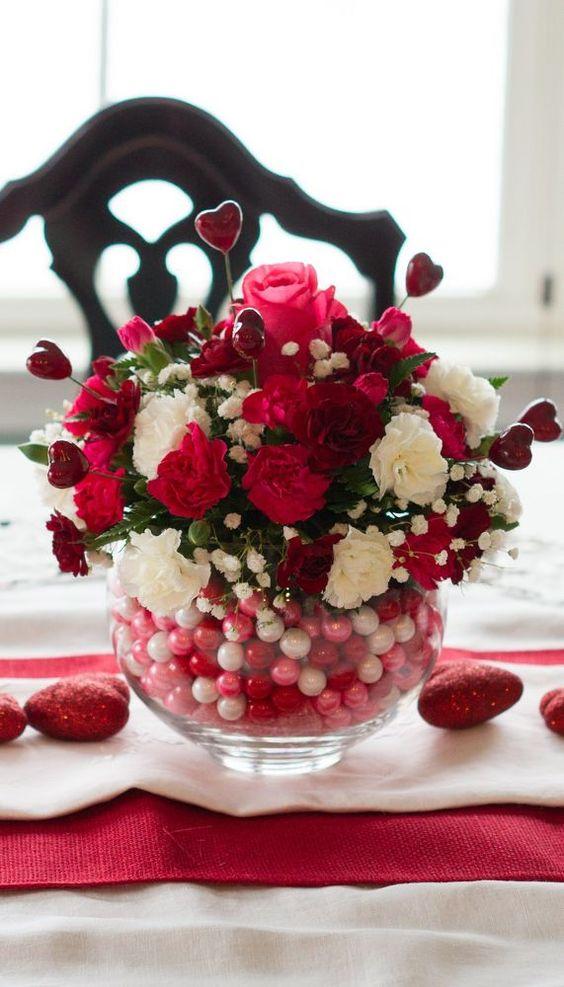 Unique diy bubblegum bowl Valentine centerpiece.