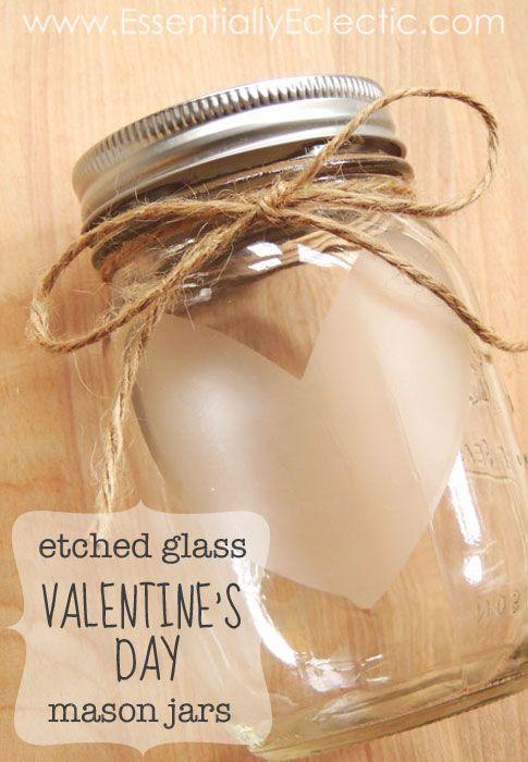 Unique idea to etch heart on mason jar.
