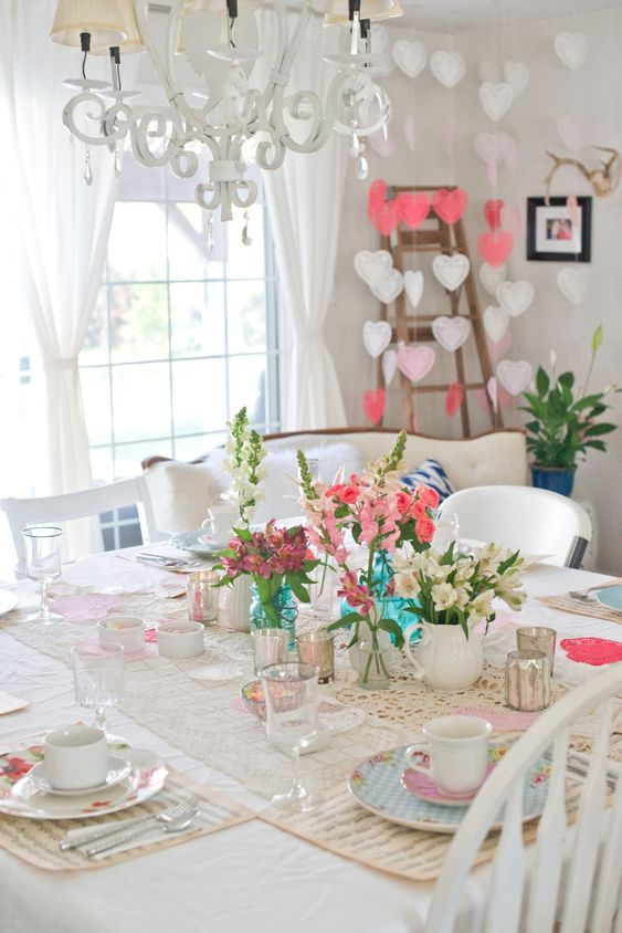 Vintage & feminine Valentines day table decor for tea party.