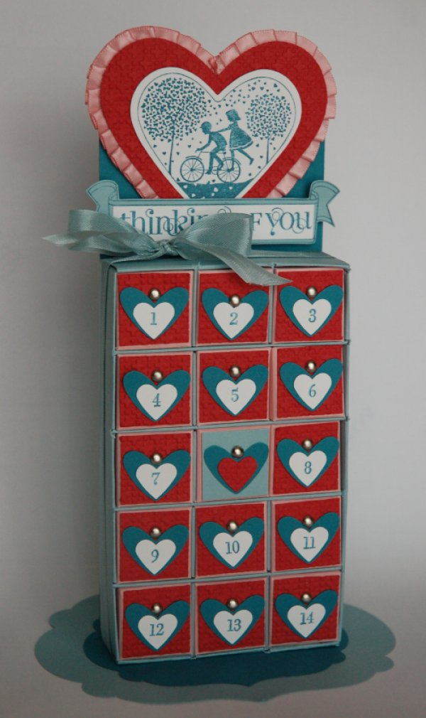Vintage style Valentine day countdown idea.