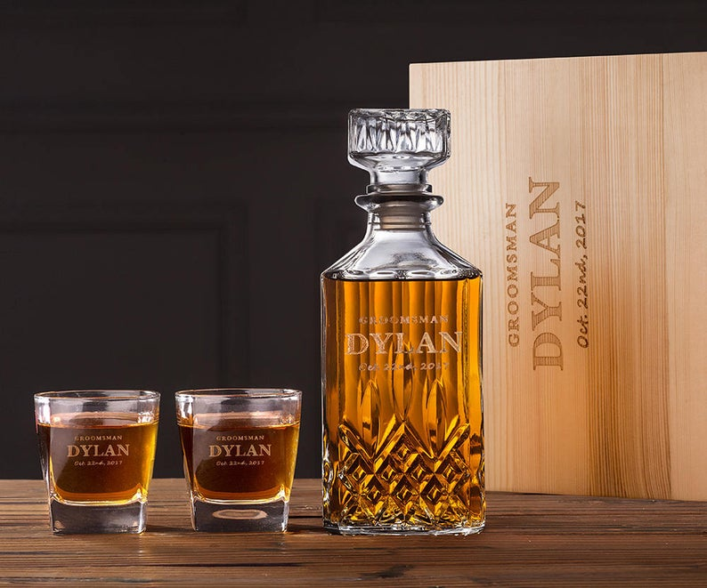Whiskey Decanter and Glasses Set with Box.