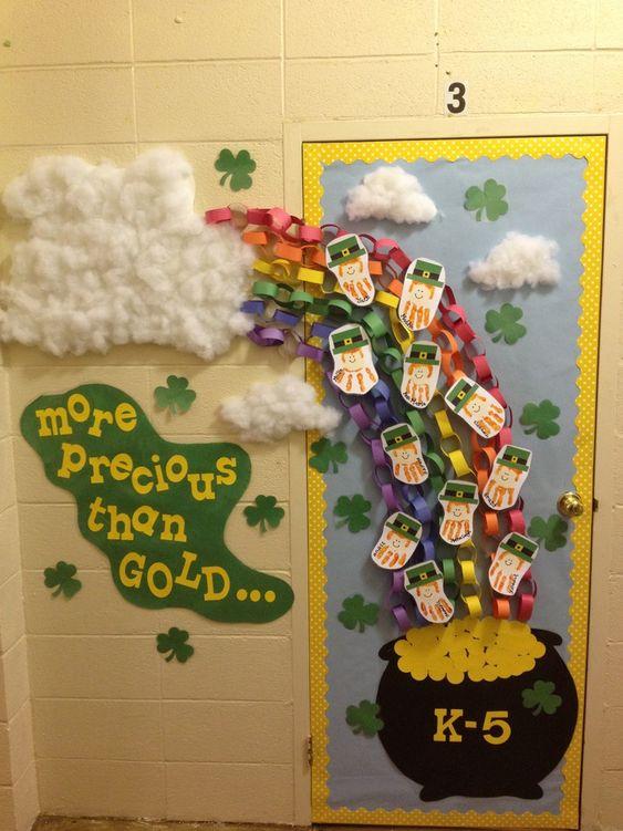 Amazing St. Patricks day decor idea.