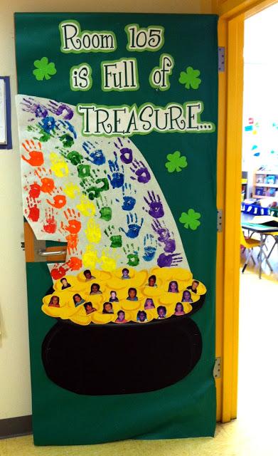 Beautiful classroom door decor for St. Patricks day.