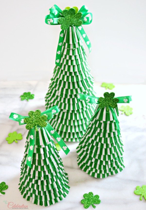 Charismatic cupcake liner St. Patricks day trees.