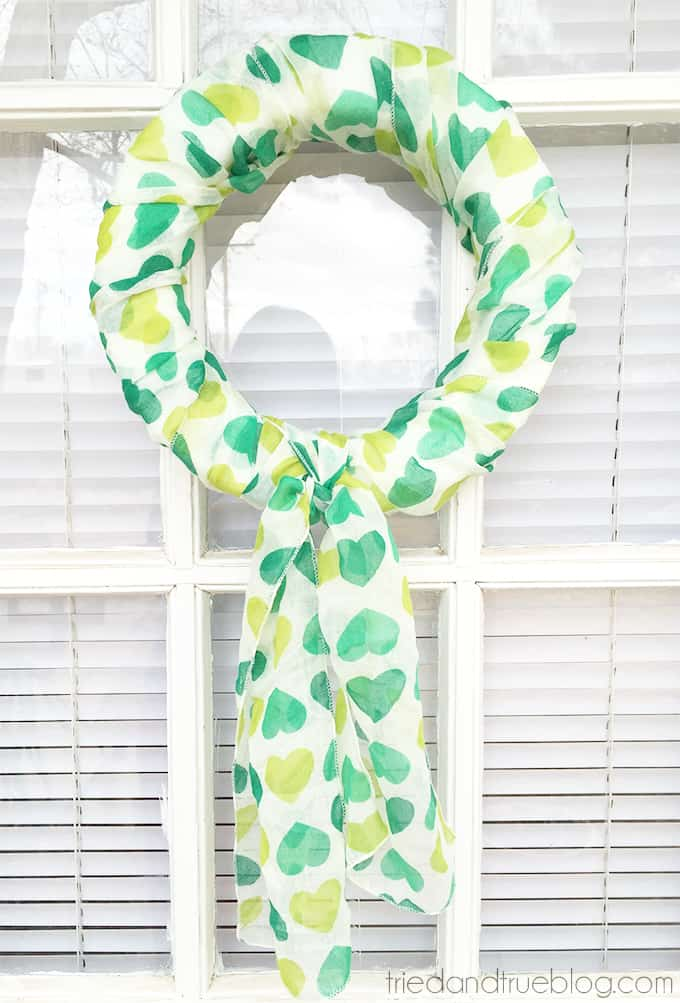 Easy scarf wreath for St. Patricks day.