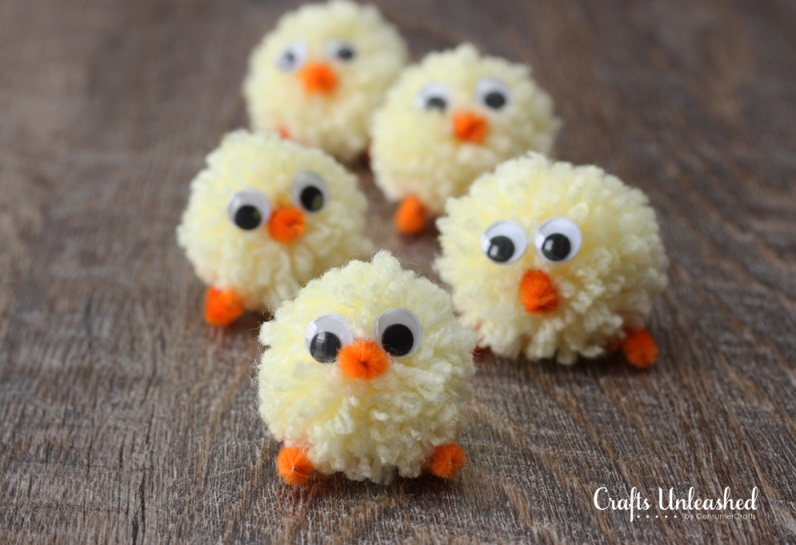 Nice pom-pom easter chicks.