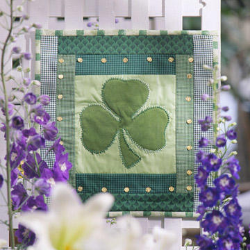 Nice quilted shamrock wall hanging.