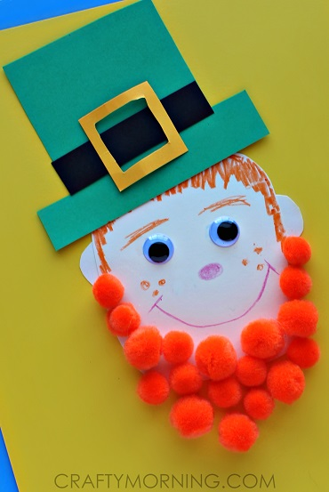 Pom-pom leprechaun craft for kids.