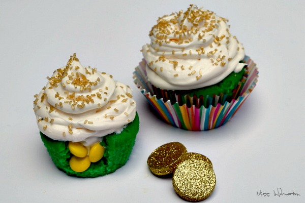 Pot of gold cupcakes.