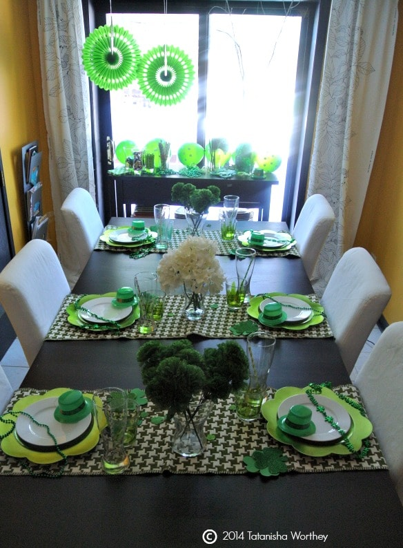 Pretty table setting for St. Patricks day.