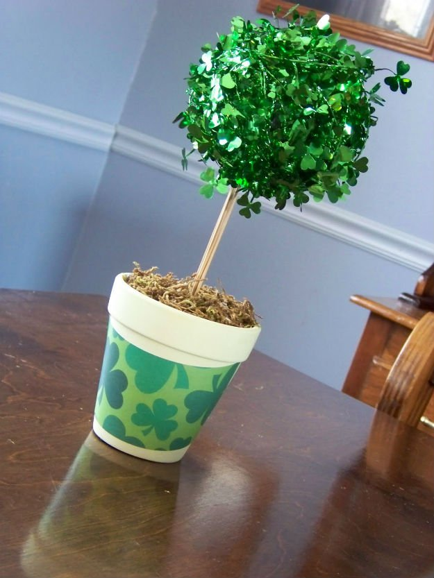 Sassy St. Patricks day topiary.
