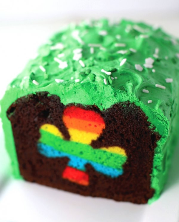 Three leaves clover rainbow cake.