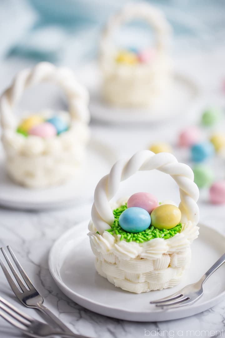 Buttercream easter basket cupcakes.