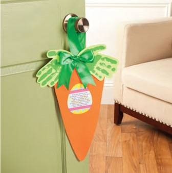 Cool carrot door hanger idea.