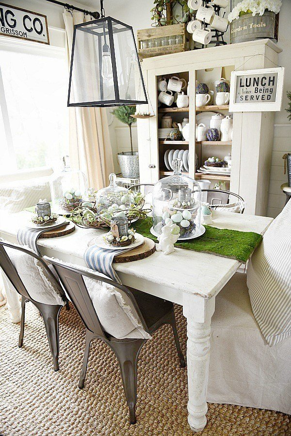 Impressive rustic table setting for spring.