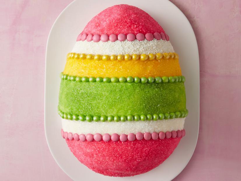 Multicolor eater egg cake.