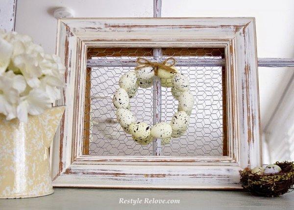 Speckled egg framed wreath.