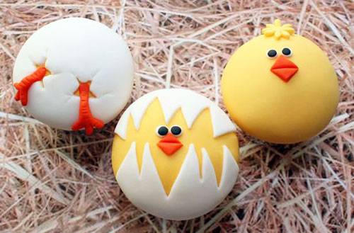 Delicious Easter chick cupcakes.