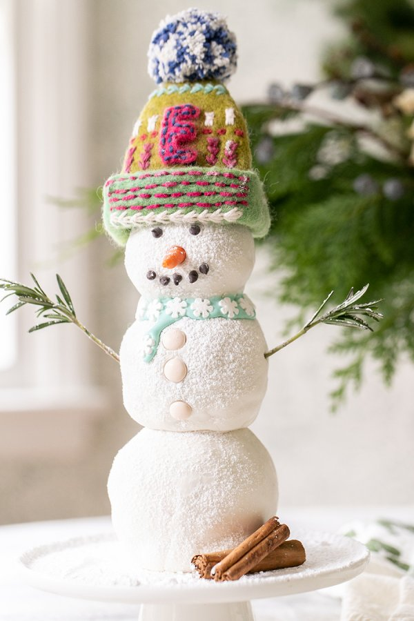 Gingerbread snowman cake.