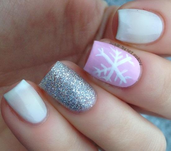 Impressive festive nails.
