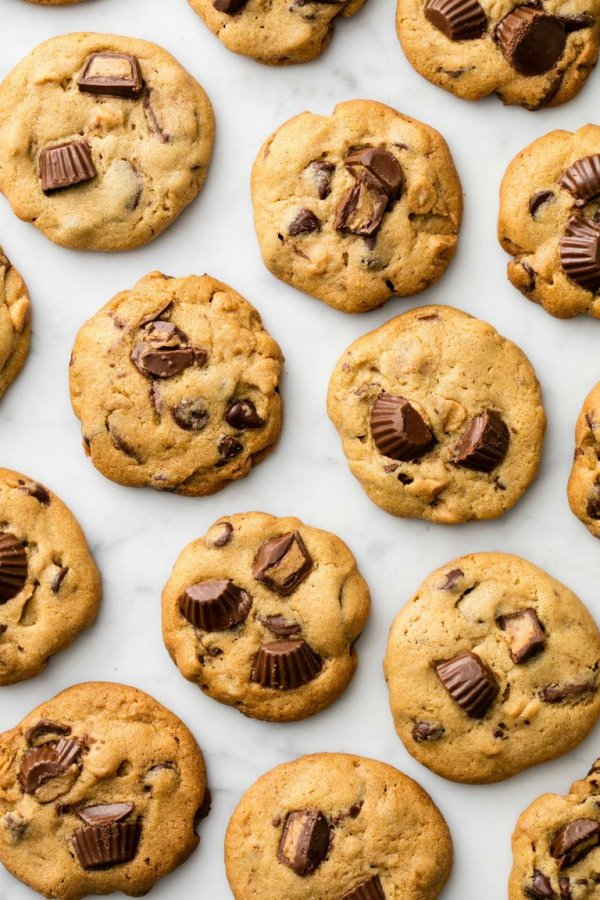 Reeses chip cookies.