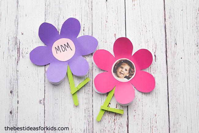 Chic paper flower for mumma.