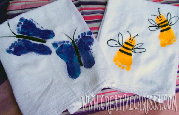 Footprint towels for mother.