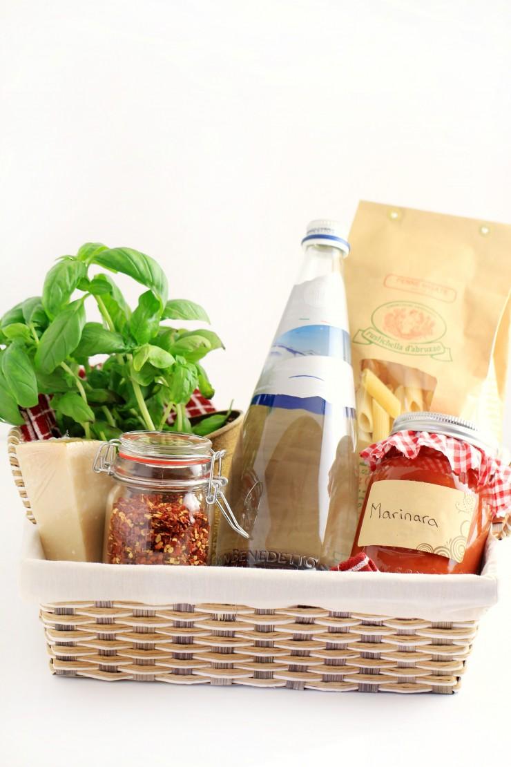 Nice idea to gift pasta basket.