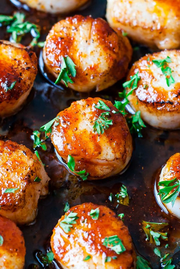 Sriracha Glazed Seared Scallops.