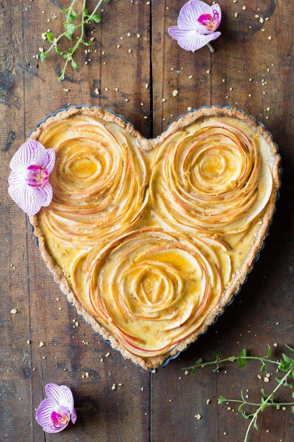 Apple rose tart.