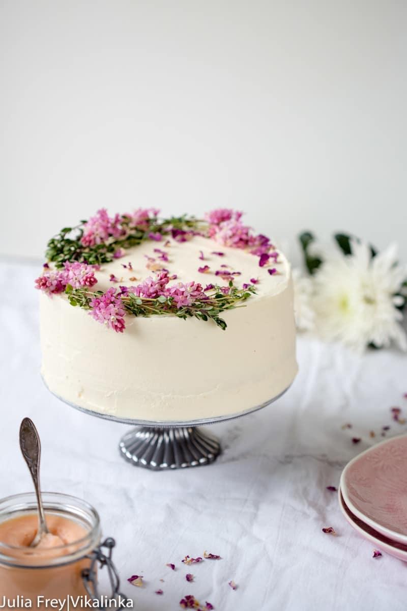 Rose rhubarb layer cake.
