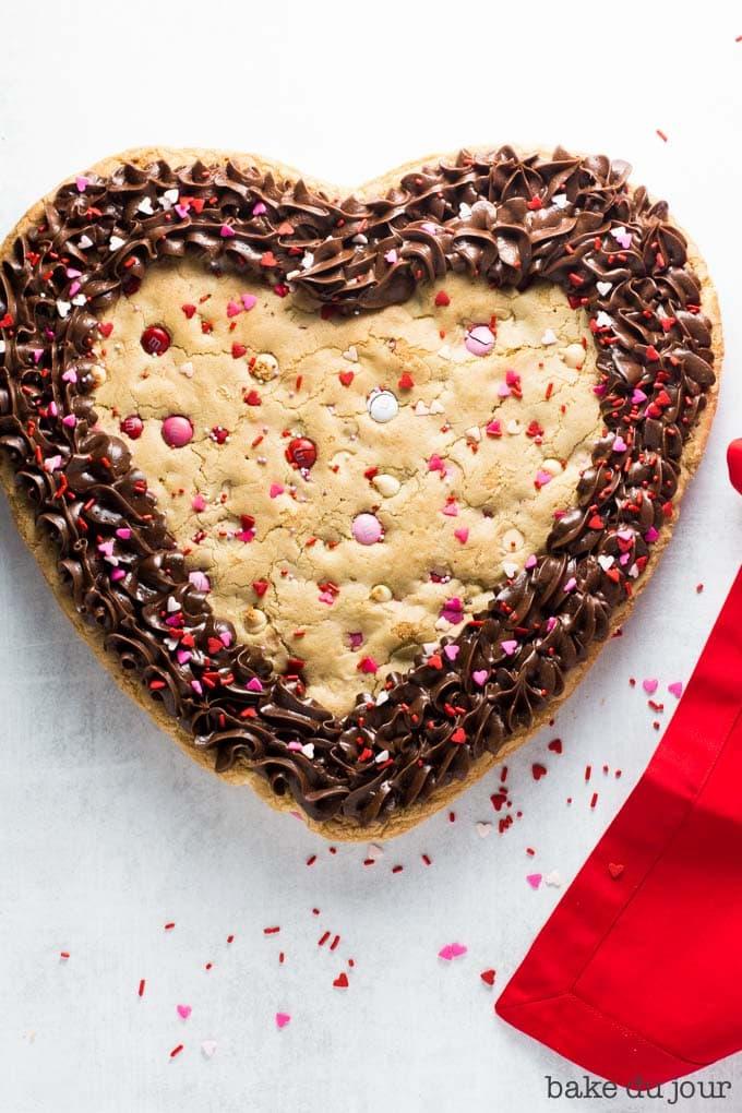 Valentines Day Cookie Cake!.